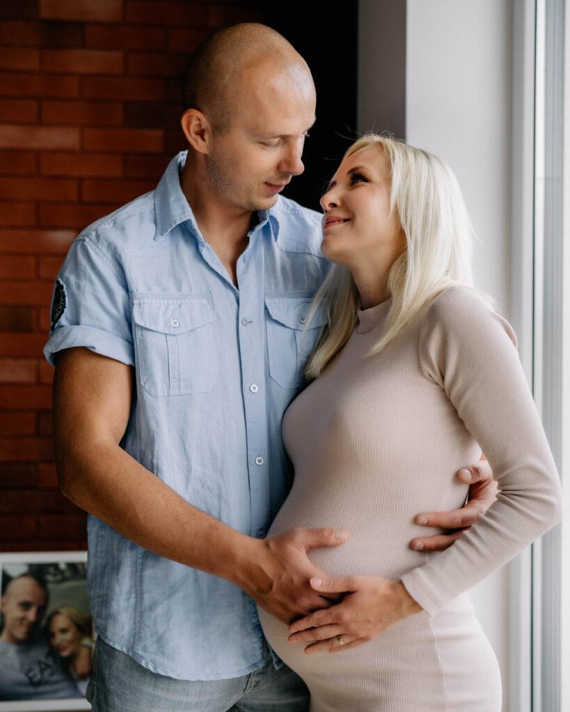 sesja ciążowa domowa Oława